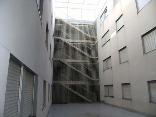 Rehabilitaci n de fachadas y cubiertas con criterios de - Normativa barandillas exteriores ...